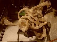 Socha instrument - drátěné pletivo